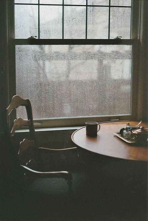 e70977a0c306f35ea87df11024723f8e--rainy-day-photography-window-photography