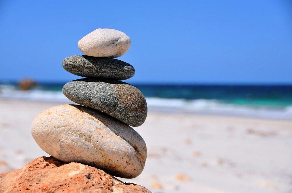 balance-716342_960_720